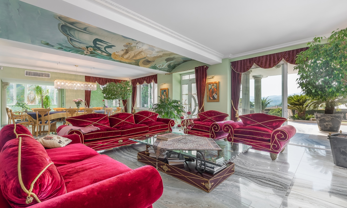 Close to Cannes - Palladian style villa