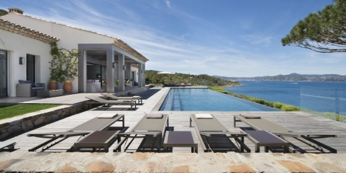 Saint-Tropez - Magnificient contemporary villa