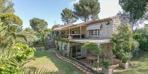 Cannes backcountry - Beautiful stone property