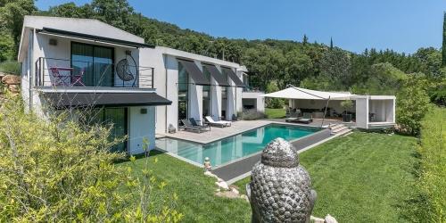 Close to Cannes - Magnificent contemporary villa