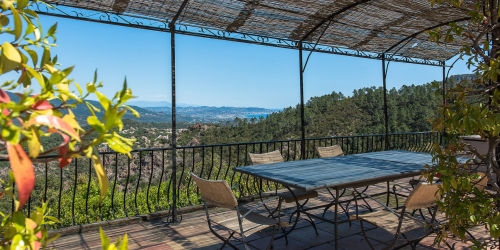 Close to Cannes - Renovated villa sea view