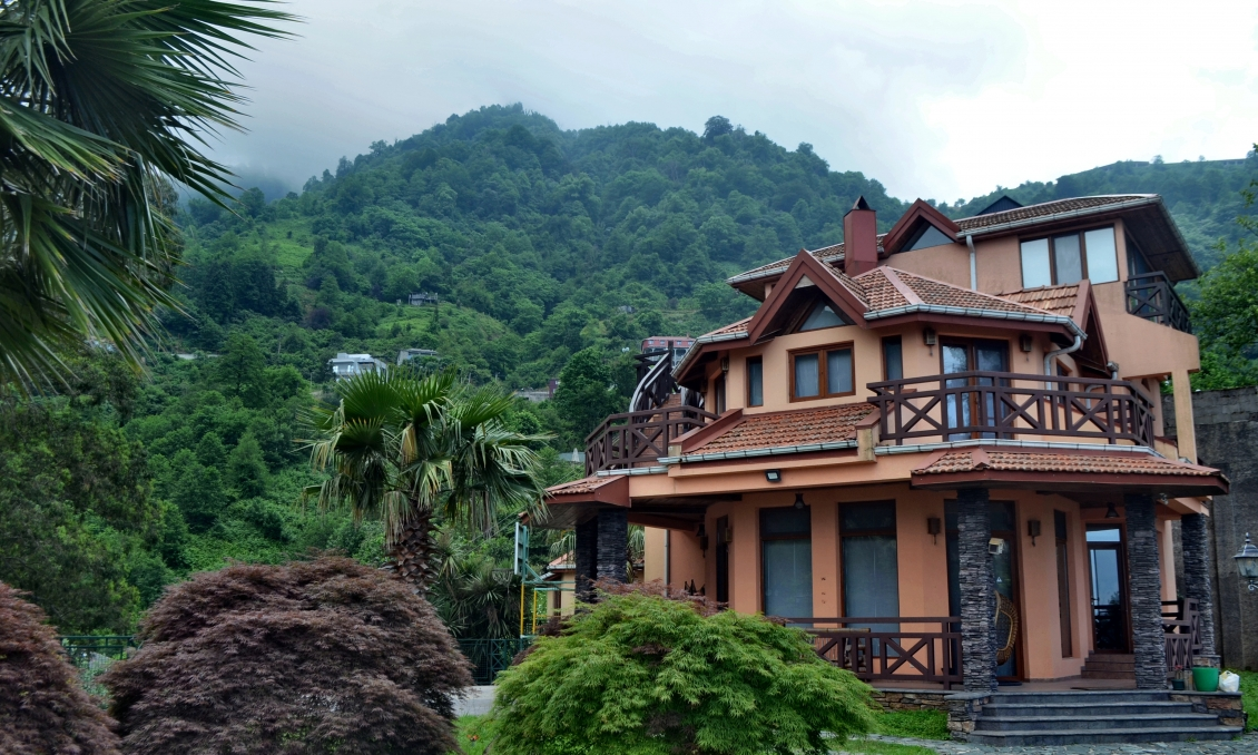 Villa in Kvariati