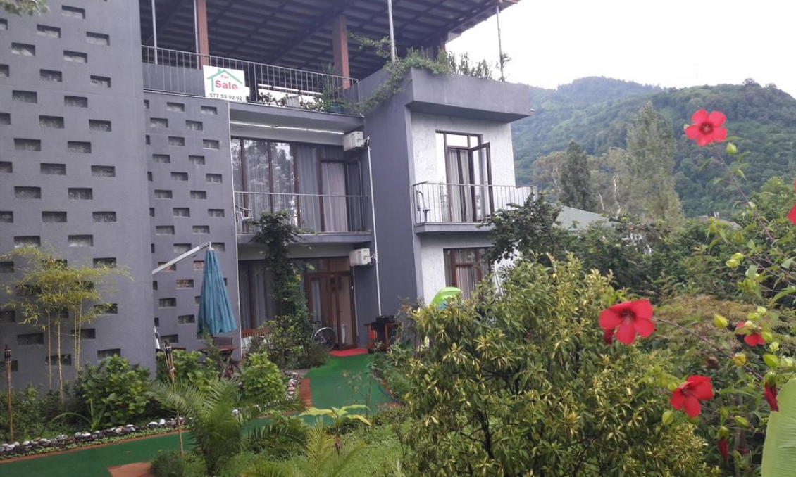 Sale of operating business, HOTEL IN GONYO, 150 meters from the beach