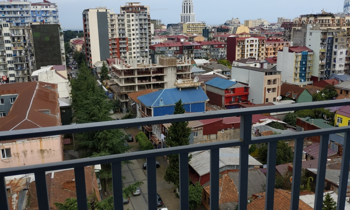 Apartments for sale in the center of Batumi, new building, 750 dollars / m2ul. Chavchavadze, square