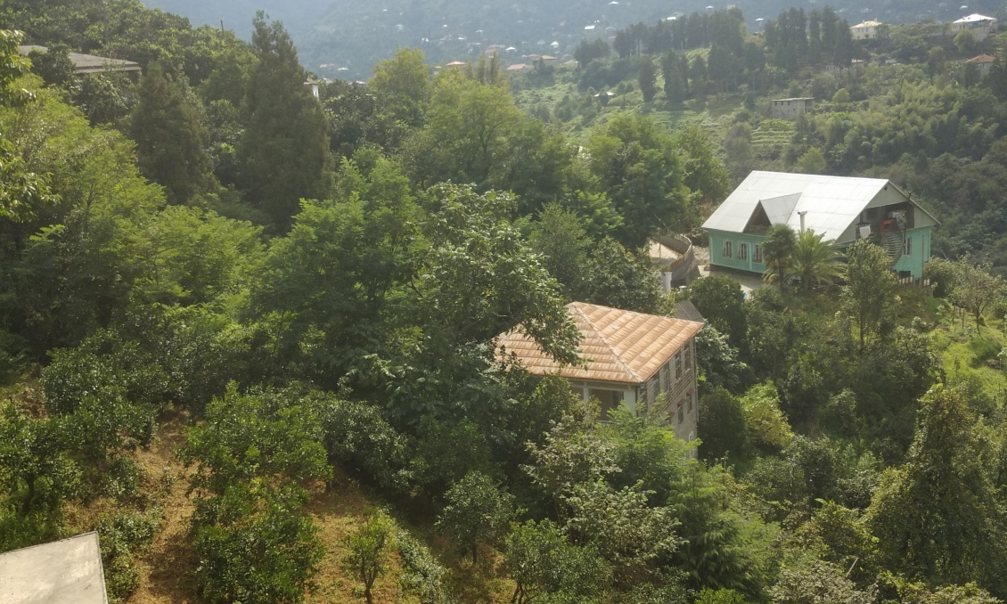 Sale of a house of 600 m2 for a hotel, a plot of 3700 m2