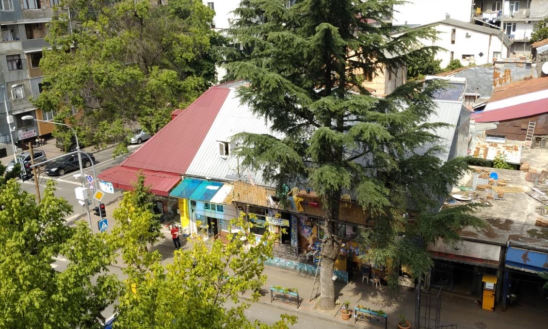 Old Batumi, center, three bedroom apartment, 82 m2