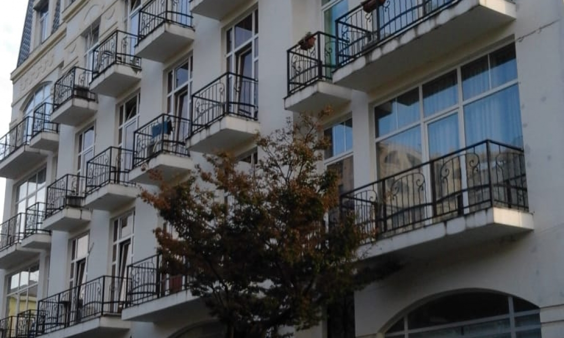 apartments in makhinjauri