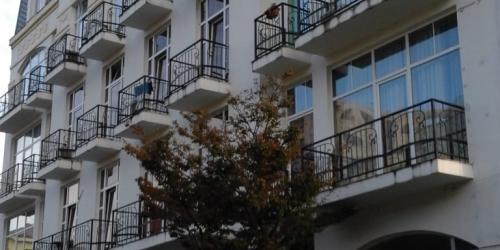 apartments in makhinjauri