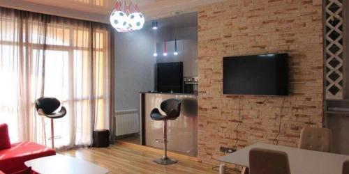 Аренда прекрасной 3-х комнатной квартиры, 90 м2 в БАТУМИ, первая береговая, парк, море