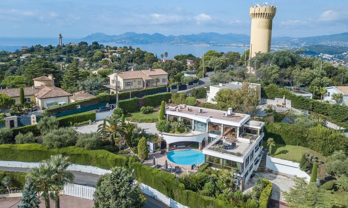 Gorgeous villa in Super Cannes
